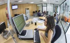 El Gobierno vuelve a adjudicar a Atenzia la teleasistencia domiciliaria para los próximos tres años