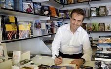 El periodista de Manuel Erice, Premio Cossío a toda una trayectoria profesional a título póstumo