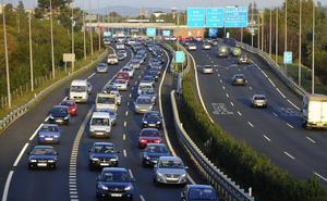 La DGT prevé unos 77.000 desplazamientos en Cantabria en del Puente de la Constitución