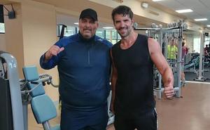 Chucho Mozimán baja hasta los 156 kilos