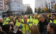 Concentración de los trabajadores de Parques y Jardines de Santander