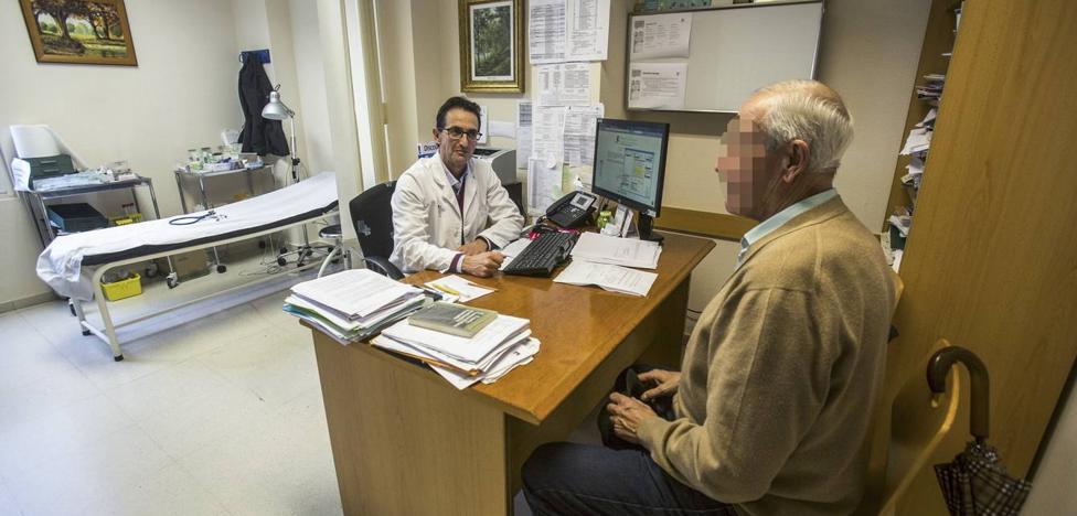 Los médicos de familia acuerdan con Sanidad atender a un máximo de 28 pacientes diarios