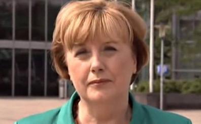 La doble de la canciller Merkel espera ansiosa su marcha de la política