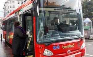 El Torrebús sigue creciendo y bate su récord mensual de viajeros en octubre