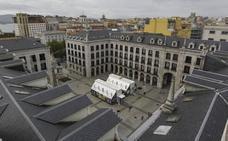 La Cámara de Comercio de Santander, a favor de cubrir la Plaza Porticada