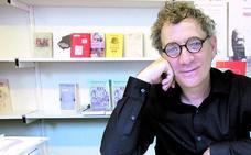 La poesía de Juan Carlos Mestre llega el sábado a 'La Surada'