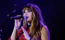 La cantante Rozalén llena de 'Girasoles' el Palacio de Festivales