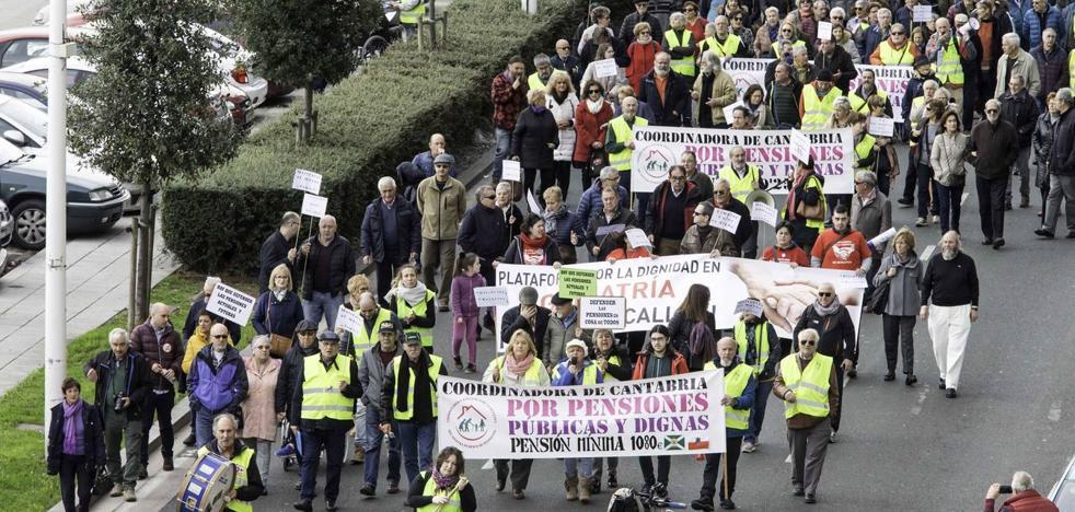 Cientos de pensionistas reclaman en Santander el blindaje de las pensiones
