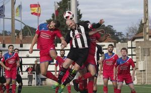 Héctor salva tres puntos al líder