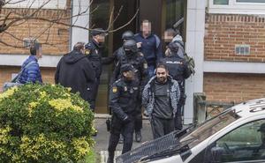 Prisión sin fianza para uno de los cinco detenidos por el tiroteo de Cazoña