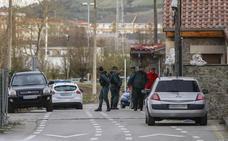 Al menos dos detenidos en un golpe a un punto de venta de drogas en Cartes