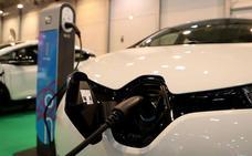 El alza de la demanda de luz del coche eléctrico «no fundirá los 'plomos'» del sistema