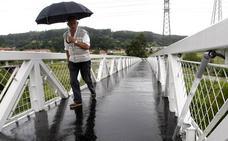 La Mesa de Movilidad del Besaya denuncia el estado de abandono de la pasarela de Ganzo