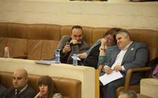 Alberto Bolado y Blanco maniobran para quitar a Verónica Ordóñez la portavocía en el Parlamento