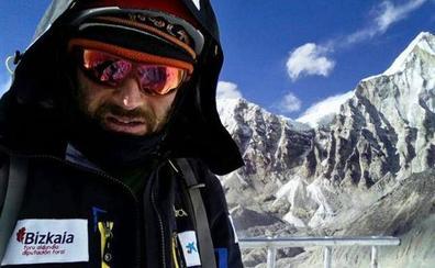 Alex Txikon avanza hoy en Reinosa su próximo ataque al K2 en invierno y sin oxígeno