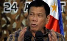 Duterte cuenta haber agredido sexualmente a una empleada doméstica
