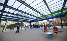 Santander renovará el suelo de seguridad de los parques infantiles de Las Llamas y La Magdalena