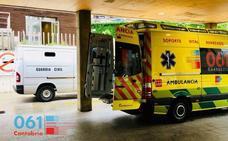 Un hombre de 67 años está herido «muy grave» tras caer de un tejado en el polígono del aeropuerto