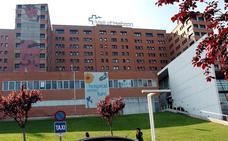 Ingresan en el hospital a un bebé de dos meses por una paliza de su padre