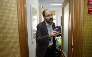 El alcalde de Torrelavega descarta cesar a Urraca como edil de Recursos Humanos