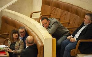La Mesa del Parlamento abordará este martes los cambios tras la disolución de Podemos