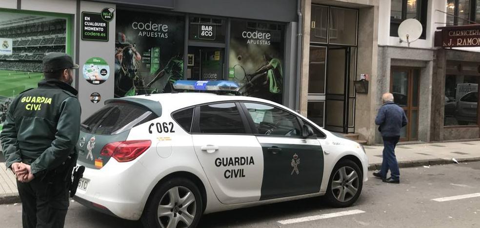 Encuentran muertos a una madre y a su hijo en su domicilio de Los Corrales de Buelna