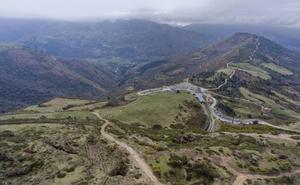 Obras Públicas aprueba el proyecto de la carretera desde Celis a la cueva del Soplao