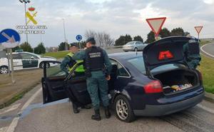 Detenido un vecino de Torrelavega tras darse a la fuga en un control en Maliaño