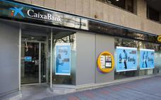 CaixaBank reducirá 20 personas su plantilla en Cantabria y cerrará 9 oficinas