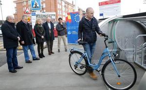 Bezana cuenta con el primer aparcabicis automatizado de Cantabria