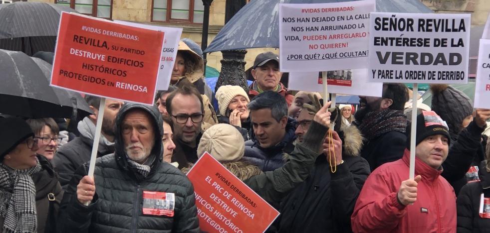 El PSOE respalda a los vecinos de Reinosa afectados por los derribos y arremete contra Revilla y el PRC