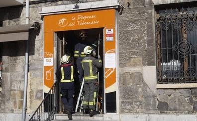 Desalojado un edificio en el centro de Castro Urdiales por riesgo de derrumbe