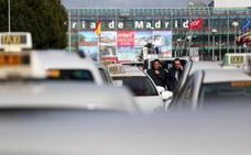 Los taxistas de Madrid quieren un kilómetro de ventaja sobre Uber y Cabify
