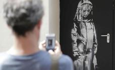 Roban el homenaje de Banksy a las víctimas de Bataclan