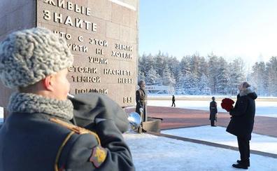 Rusia conmemora el fin del asedio de Leningrado con un desfile militar