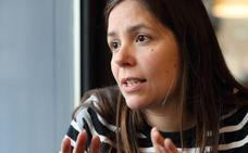 Raquel Sánchez: «Si la erosión continúa, la duna puede desaparecer»