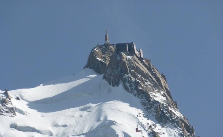 Ruta que discurre por Chamonix, Montenvers y Plan de L'Aguille en los Alpes franceses