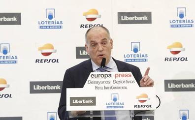 Tebas: «El calentón de Florentino por el VAR me parece mal»