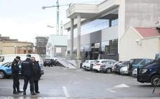 Varios detenidos por una estafa en la venta de ataúdes para incinerar