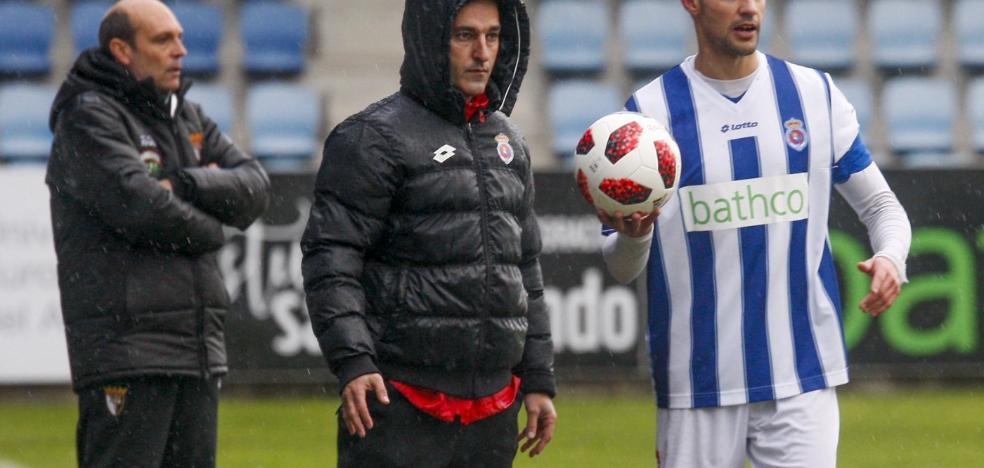 Pablo Lago: «El equipo se vacía en cada partido»