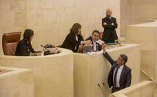 El Parlamento pide al Gobierno de Sánchez que corrija su Presupuesto con nuevas inversiones