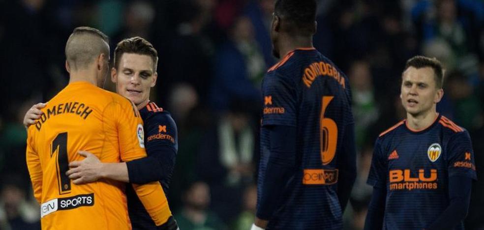 El Valencia reacciona a tiempo