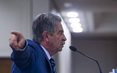 Revilla acusa de «deslealtad» a Hugo Morán por visitar el subfluvial de Santoña sin el Gobierno