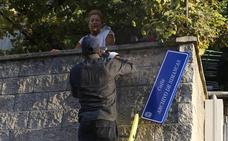 Justicia exige a nueve ayuntamientos cántabros retirar los símbolos franquistas