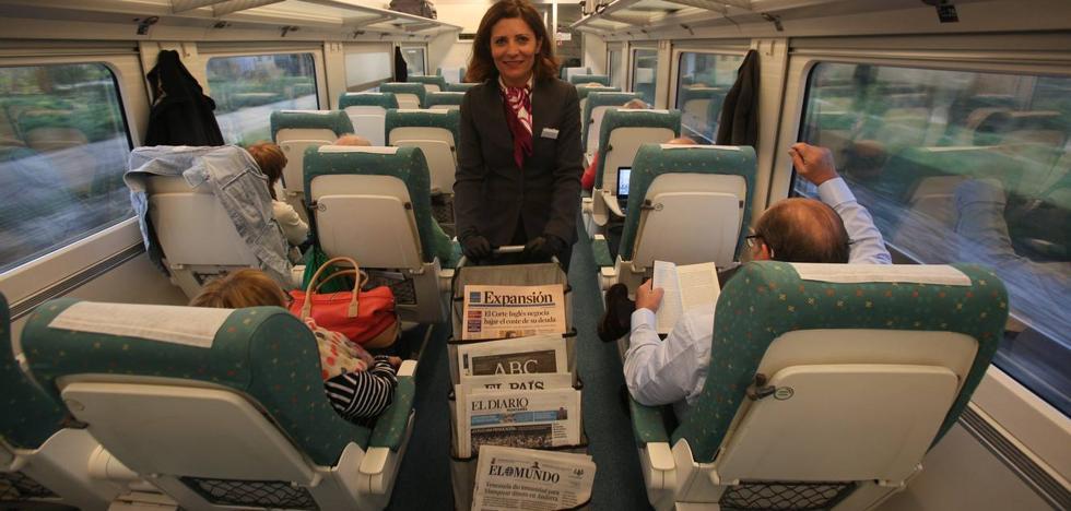 El tren de Cantabria a Madrid bate su récord: en un año han viajado 361.400 personas