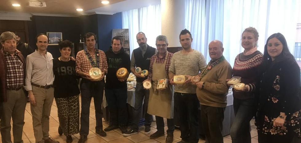 La tradición de los quesos revive en Laredo
