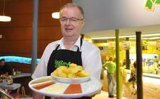 La Rana Verde, tres generaciones entre patatas bravas, alioli y atómicas