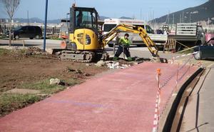 El nuevo aparcamiento del puerto de Laredo estará operativo en abril