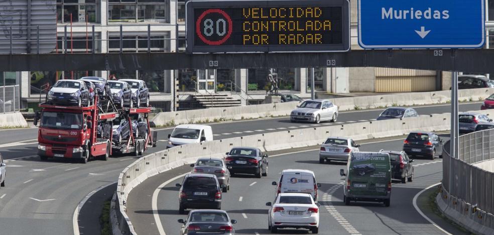 Los radares de tráfico de Cantabria registraron 114 infracciones al día en 2018