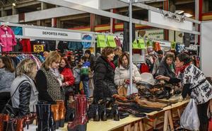 Un centenar de comercios participa este fin de semana en la feria del stock de Torrelavega